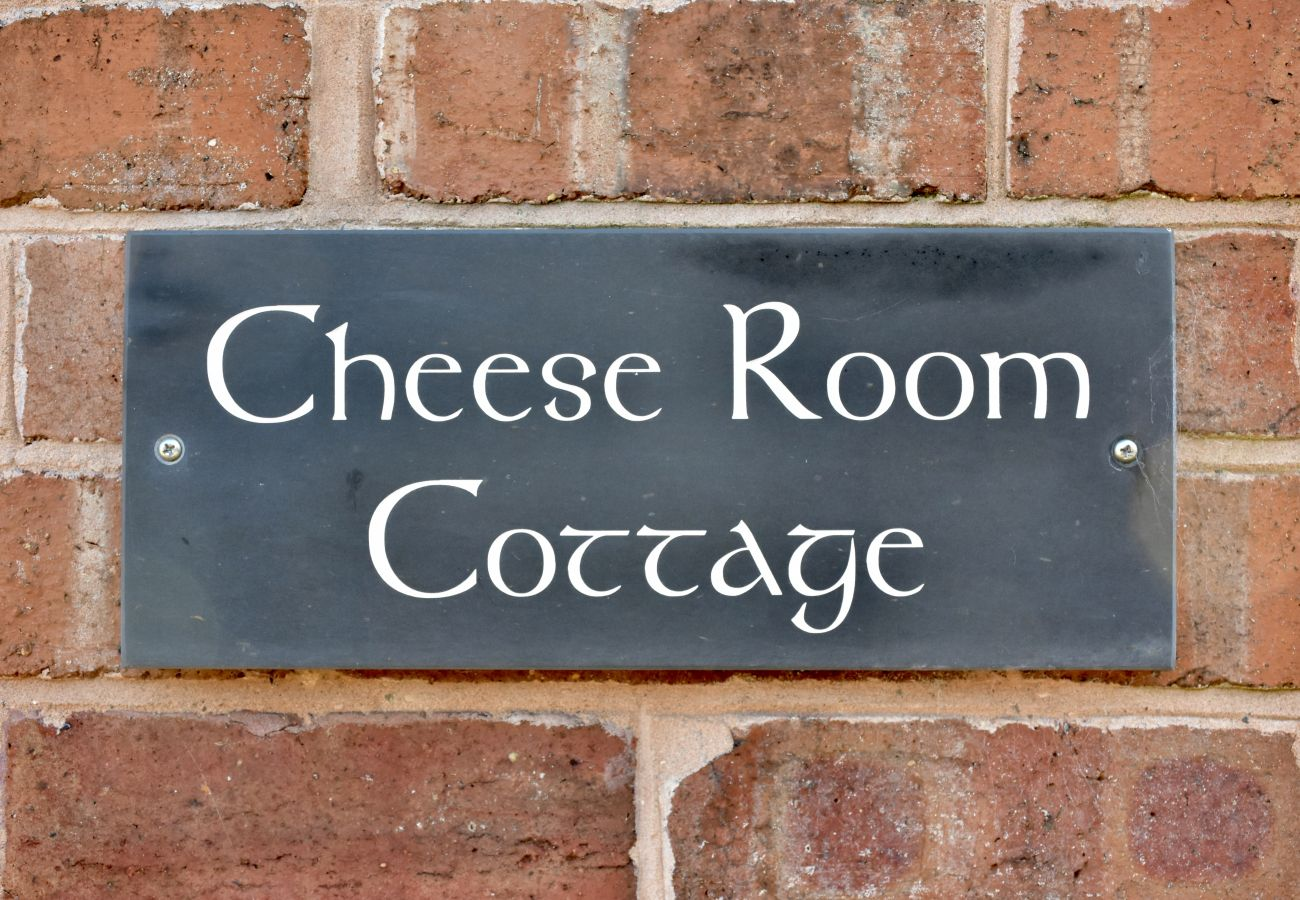 Cottage in Marchamley - Cheese Room Cottage