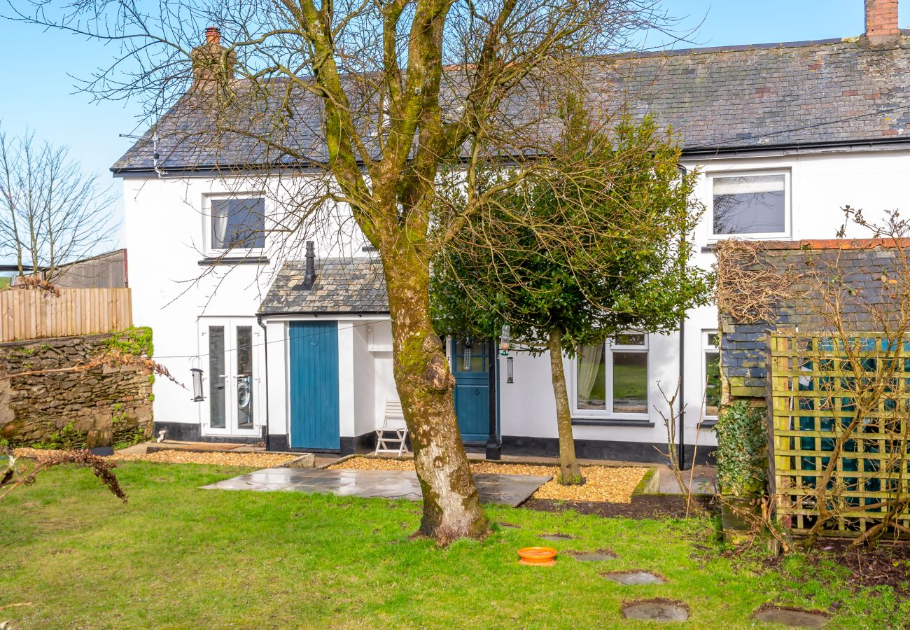 Cottage in West Buckland - Court Cottage