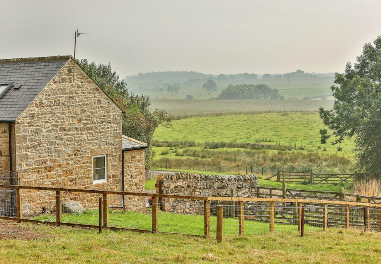 Cottage in Belsay - The Barn, Shortflatt Farm