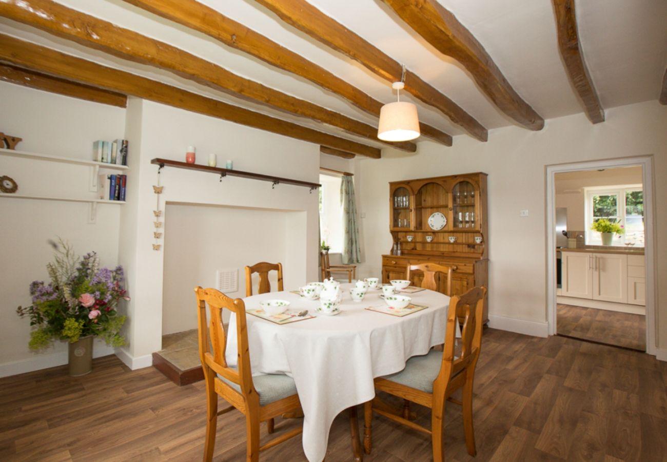 Farm stay in Belsay - Cottage and Barn, Shortflatt Farm